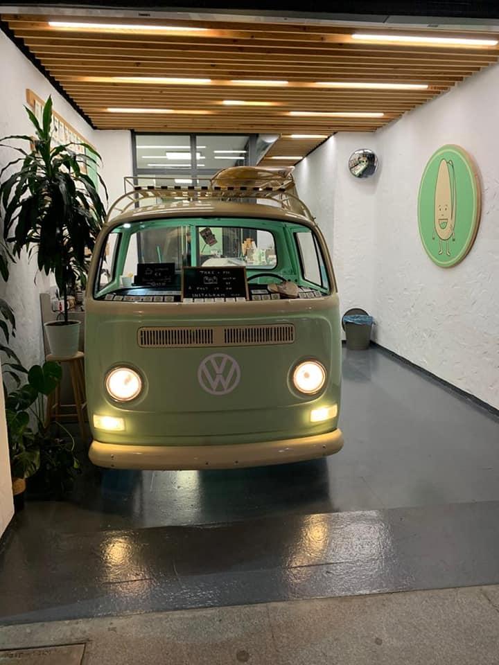 heladeria en cadiz proyecto gb serveis helados en una furgoneta